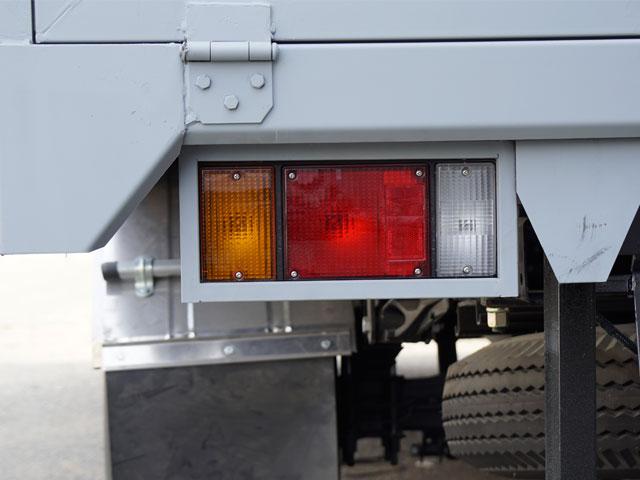 Đèn đuôi xe