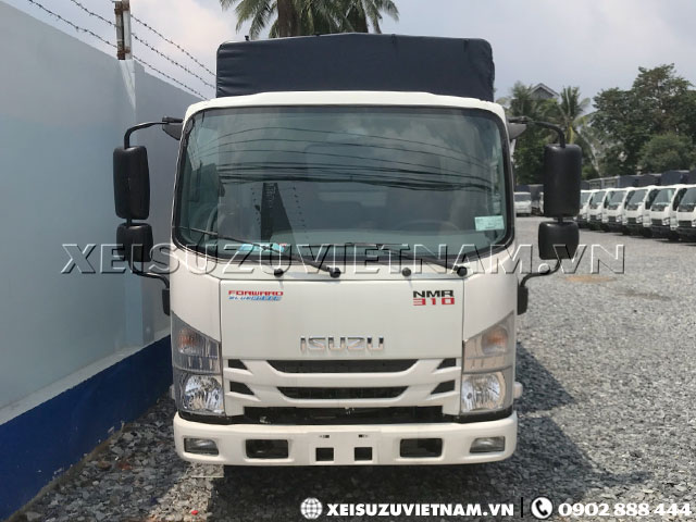 Xe tải Isuzu 2T4 mui bạt NMR77EE4 giá hấp dẫn - Xeisuzuvietnam.vn