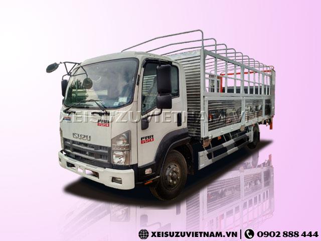 Xe tải Isuzu FRR90NE4 6 tấn thùng bạt bửng nâng - Xeisuzuvietnam.vn